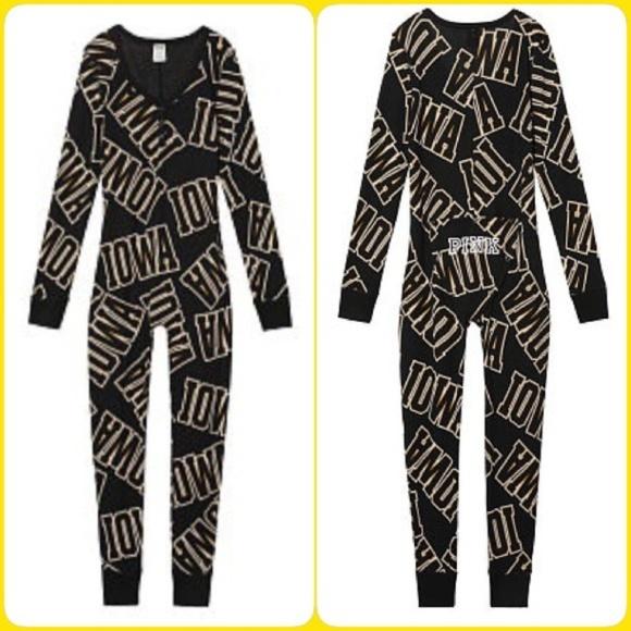 1adc35a616 PINK Victoria s Secret Intimates   Sleepwear